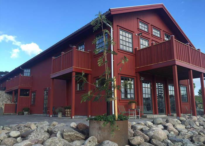 The exterior of Slipens Hotell