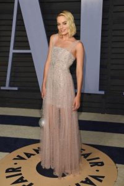 Margot Robbie in Chanel