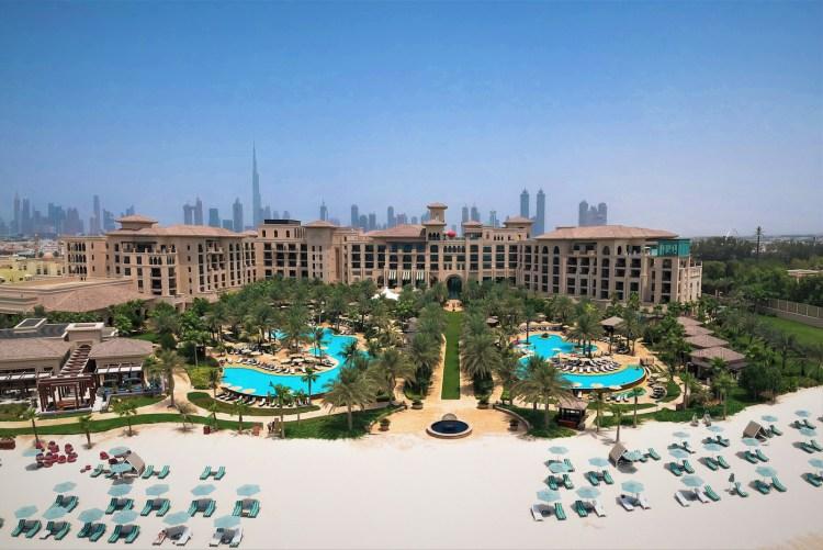Four-Seasons-Dubai-Jumeirah-Beach