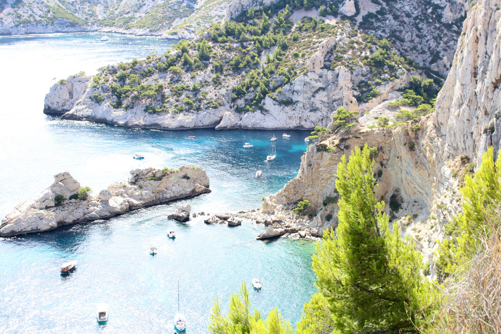 The Glittering Unknown, Calanques and Cassis, sparking water Calanque de Sugiton