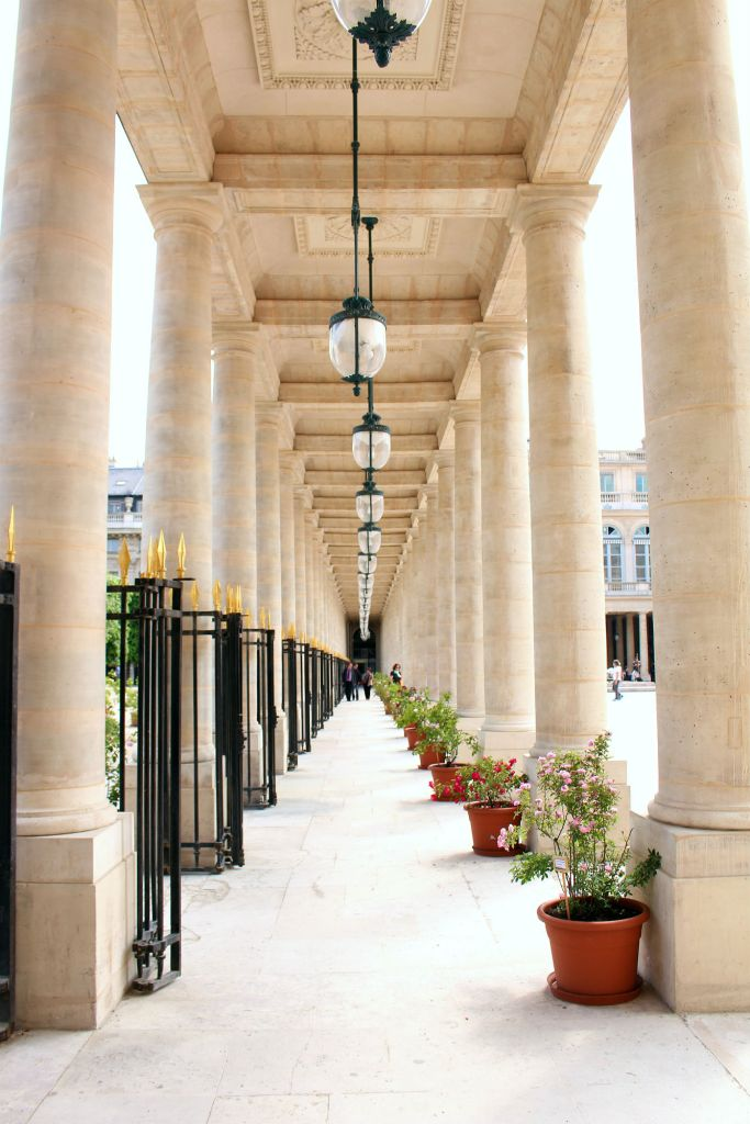Palais Royal, Paris, The Glittering Unknown
