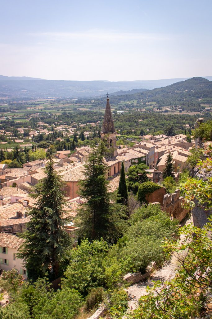 Saint-Saturnin-les-Apt- Road Trip in Provence