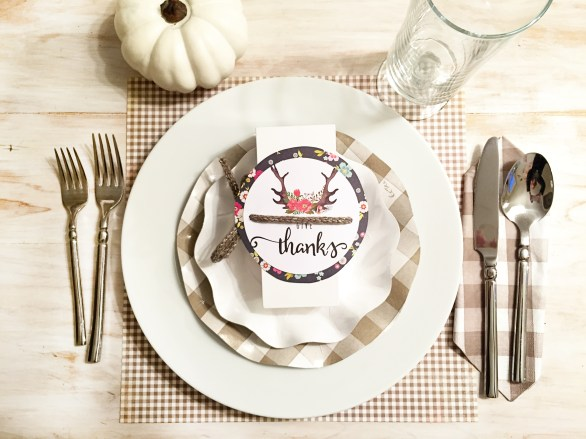 Thanksgiving table-settings, Table settings, Sophistiplate, ikea, the container store, target, free printable, thanksgiving printable , black and white table setting, container store