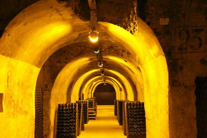 Reims Champagne Itinerary Cellar Tour