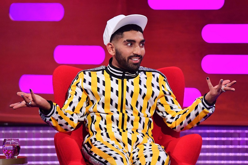 10 Gay Comedians Guaranteed to Make you Laugh