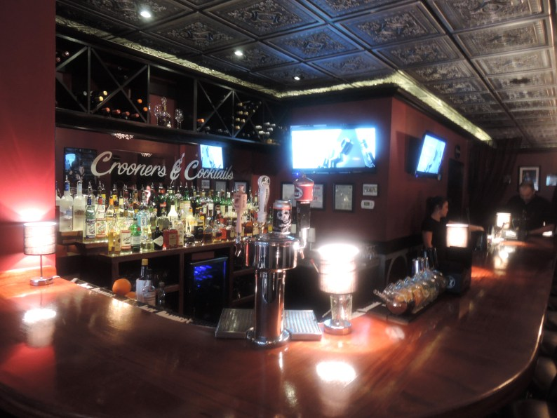 The bar at Crooner's and Cocktails