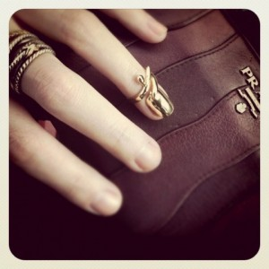 trend-chanel-nail-and-knuckle-rings-Tendencia otono-invierno 2013:2014 TheGoldenStyle The Golden Style 1