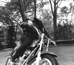 Motorcycle de Balenciaga 3 TheGoldenstyle