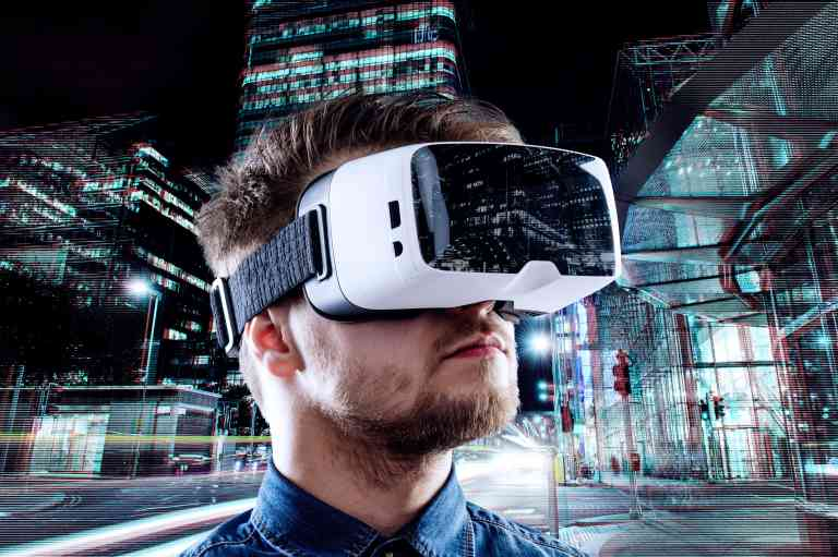 VR headset in the city