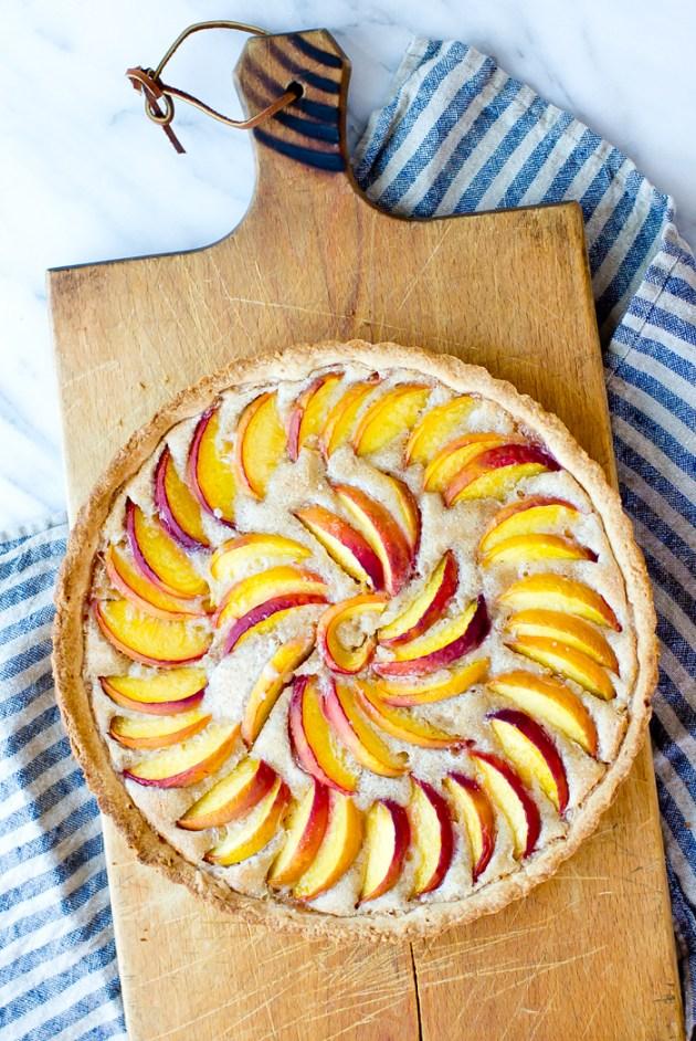 Peach Frangipane Tart - thegourmetgourmand.com