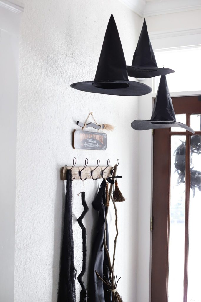DIY floating witch hats - simple halloween decor