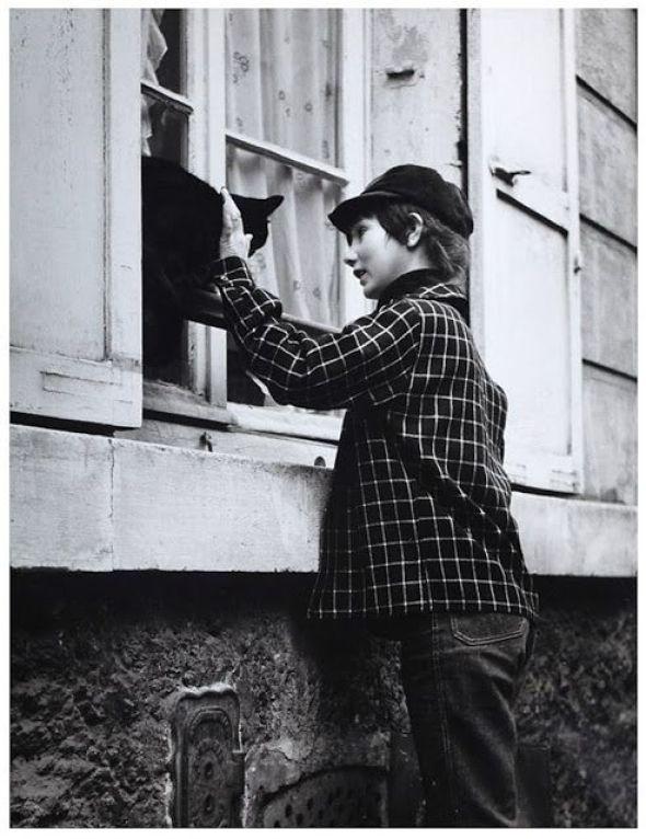 Boy with Cat. Robert Doisneau, ca. 1955