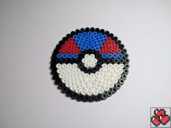 superball-sous-bock-pokemon-pixelart-pixelcraft-pixelbeads-perlerbeads-perlerart-hama-hamabeads-hamasprites-artkal-artkalbeads-fusebeads-retro-gaming-sprite-design-tutoriel-pattern