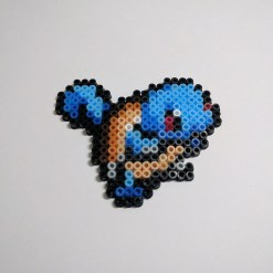 carapuce-galerie-pokemon-pixelart-pixelcraft-pixelbeads-perlerbeads-perlerart-hama-hamabeads-hamasprites-artkal-artkalbeads-fusebeads-retro-gaming-sprite-design-tutoriel-pattern