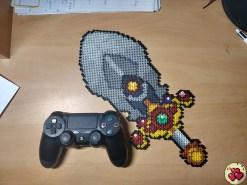 5-inifity-sword-projet-galerie-pixelart-pixelcraft-pixelbeads-perlerbeads-perlerart-hama-hamabeads-hamasprites-artkal-artkalbeads-fusebeads-retro-gaming-sprite-design-tutoriel
