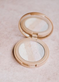 Refillable Clean Cosmetics For A Zero Waste Lifestyle