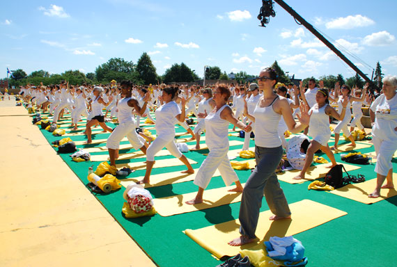 white-yoga-session-lole_montreal-juillet-2013_04
