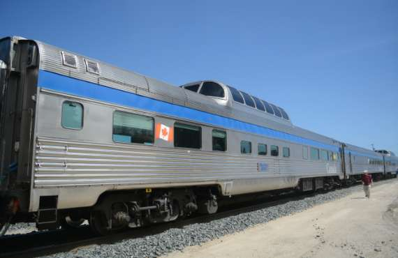 01_2014-05_Via-Rail_Train-Canadien_Montreal-Vancouver