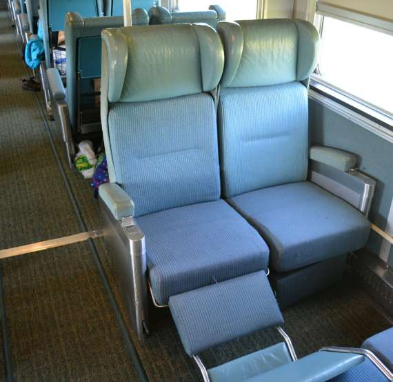 07_2014-05_Via-Rail_Train-Canadien_Montreal-Vancouver