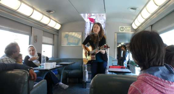 10_2014-05_Via-Rail_Train-Canadien_Montreal-Vancouver