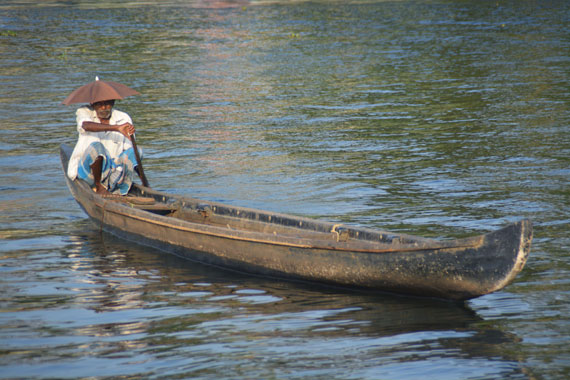 07_Kerala-Blog-Express_Backwaters-Alappuzha_Houseboats-Lakes-and-Lagoons