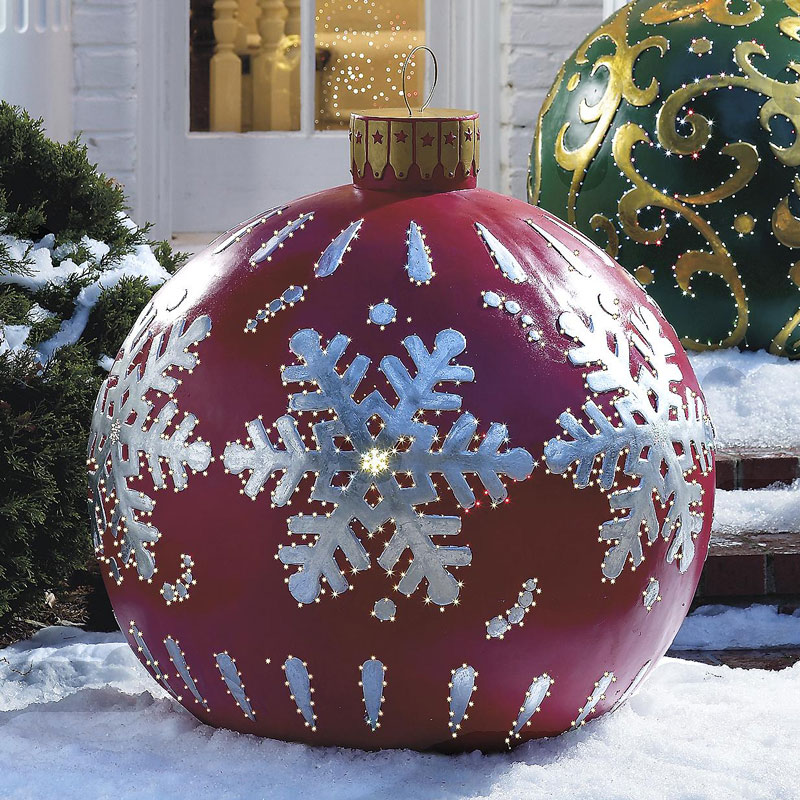 Giant Outdoor Christmas Ornaments