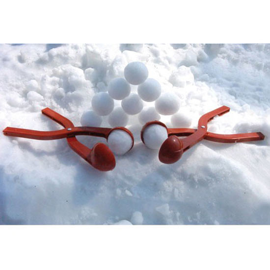 https://i2.wp.com/www.thegreenhead.com/imgs/sno-baller-snow-ball-maker-6.jpg