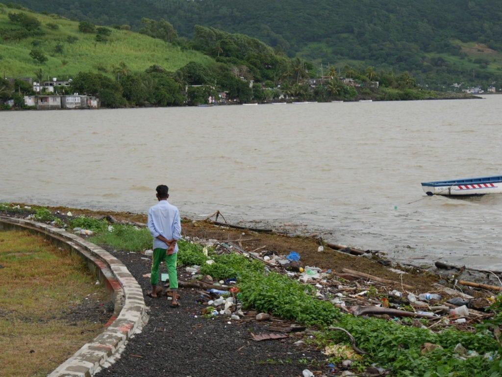 mauritius island plastic pollution