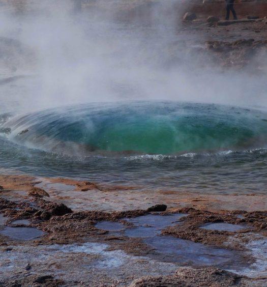 geyser strokkur geysir iceland