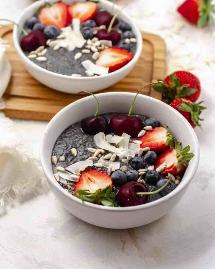 lemon blueberry chia pudding in a bowl