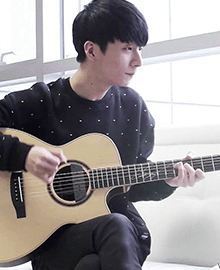 Sungha Jung - Top 25 Fingerstyle Guitar Players