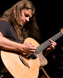 Thomas Leeb - Top 25 Fingerstyle Guitar Players