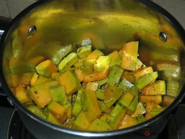 pumpkin curry in making