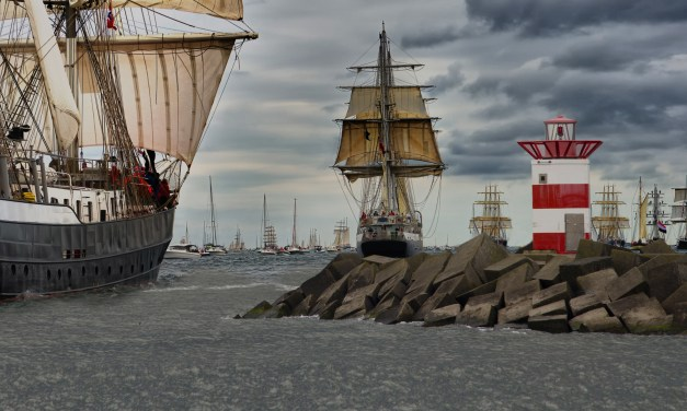 Sail on Scheveningen Brings a Historical Naval Spectacle to the Harbour