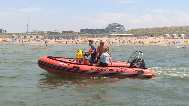 Hot Weather Keeps Sea Rescue Busy
