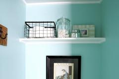 easy_bathroom_shelves