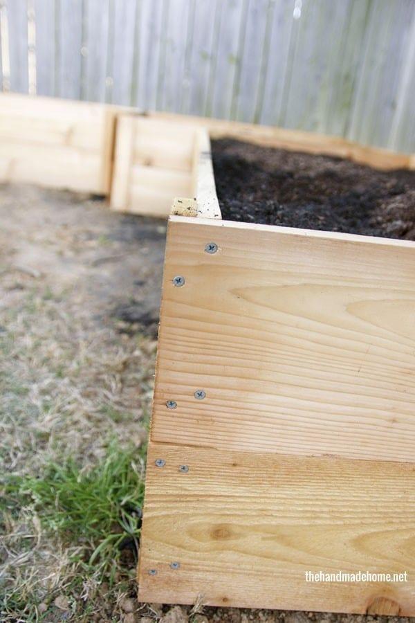 garden_boxes_side