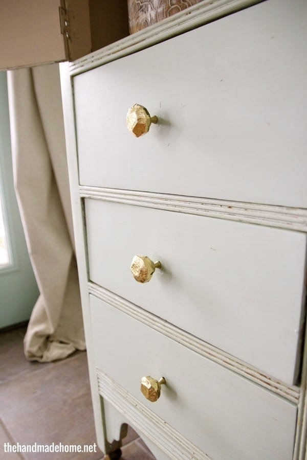 gold_faceted_knobs