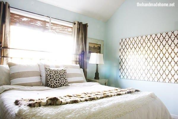 cozy_christmas_bedroom
