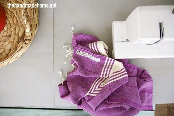 DIY_turkish_towel_lumbar_pillow