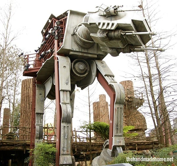 star_tours_outside