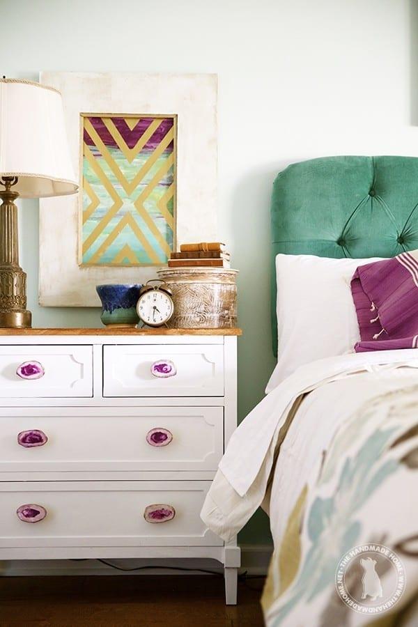 nightstand_details