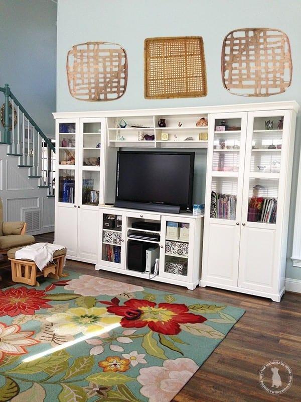 entertainment_center-the_handmade_home