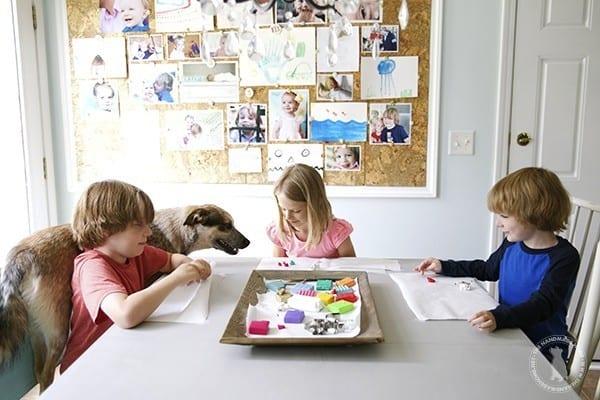 kids_construcitng_jewelry
