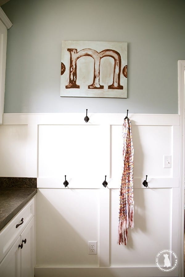 the_handmade_home_laundry_room_organization