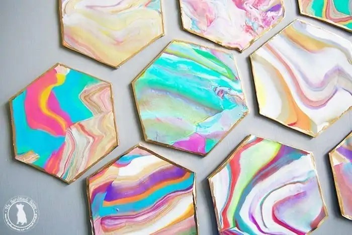 hexagon_Marbelized_coasters_diy