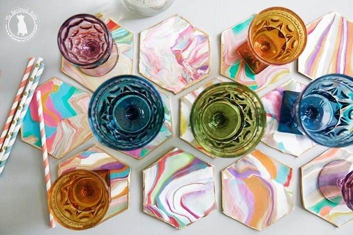 make_your_own_hex_marbelized_coasters