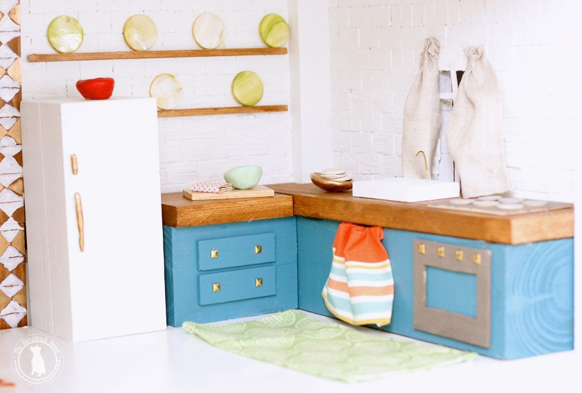 handmade_kitchen_dollhouse
