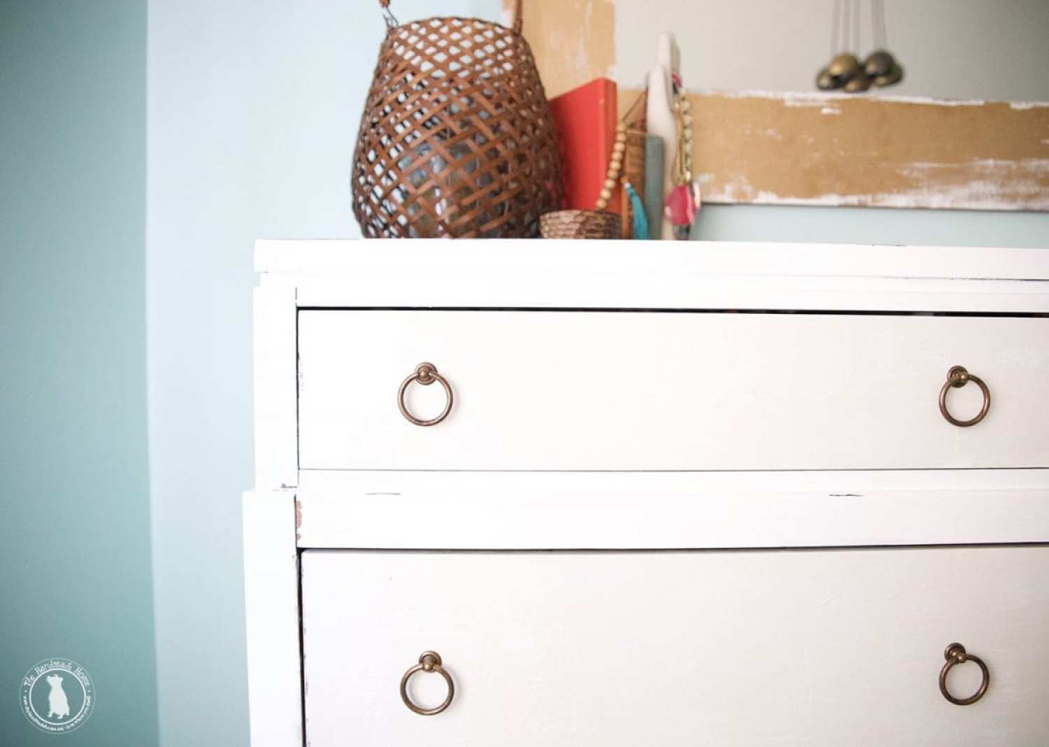 how_to_paint_your_furniture