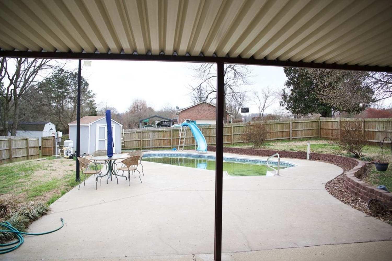 outside_back_pool